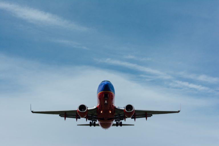 Soignez votre peur de l'avion avec l'hypnose